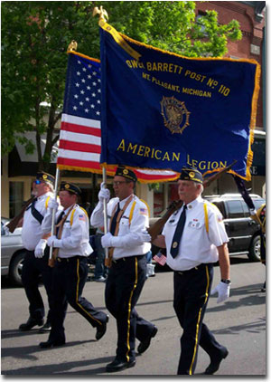 soldiers past and present america honor your veterans essay What is veterans day veterans day is dedicated to all american veterans, both past and present, to thank them for their selfless service to the countryit is often confused with memorial.